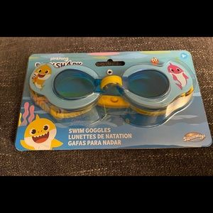Baby Shark kids goggles
